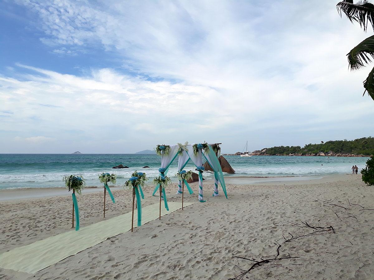Beach Wedding @ 1300€